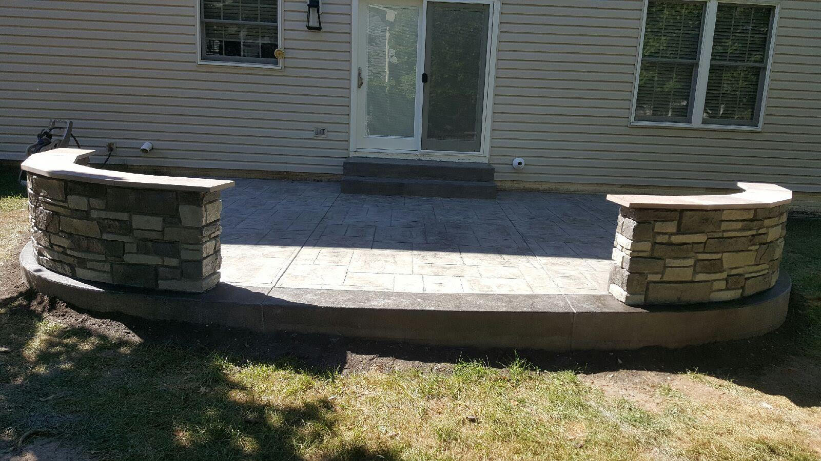Patio With Decorative Concrete Walls Blackwater Concrete